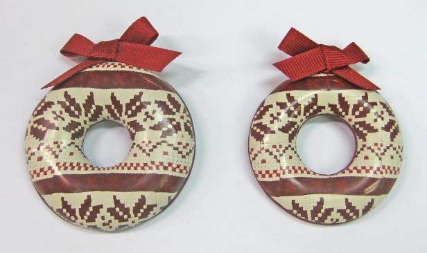 christmas-wreaths-distortion