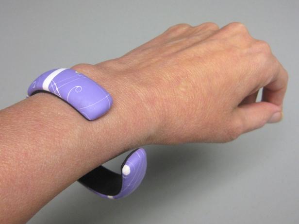 big lavender bracelet falling off