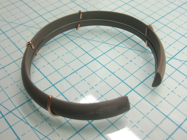 bracelet w memory wire